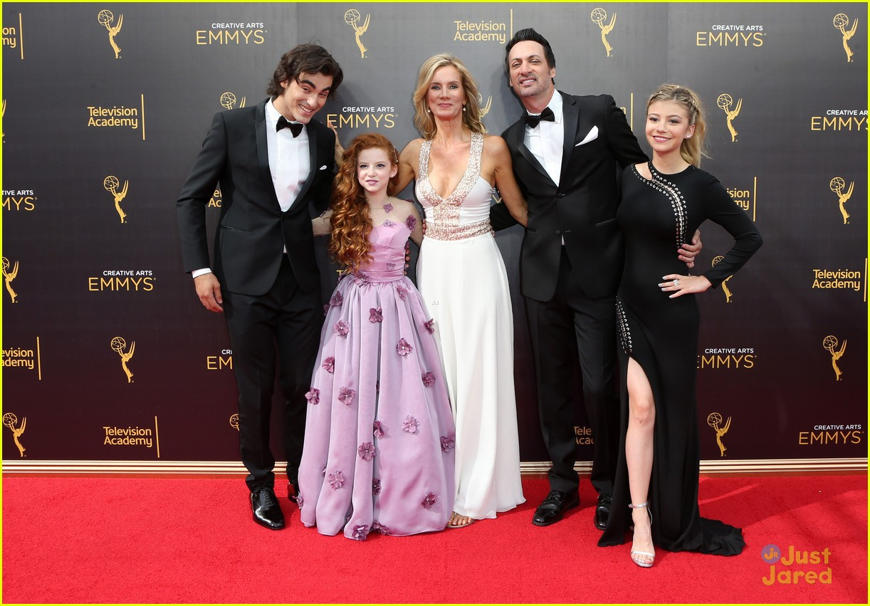 g hannelius dog blog cast creative emmys 19