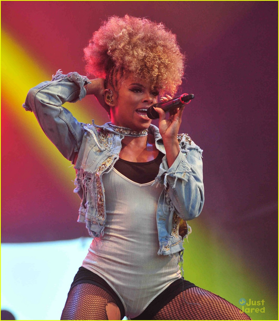 Fleur East Will Help Louis Walsh In Groups Category On X Factor