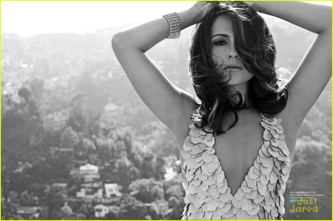 italia ricci robbie amell regard mag september issue 06