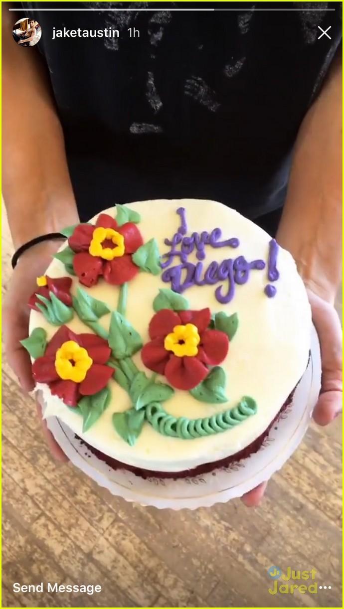 jaket austin jenna johnson diego cake dwts 05