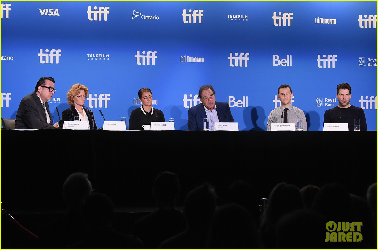 joseph gordon levitt and shailene woodley attend snowden press conference at tiff 20163 11