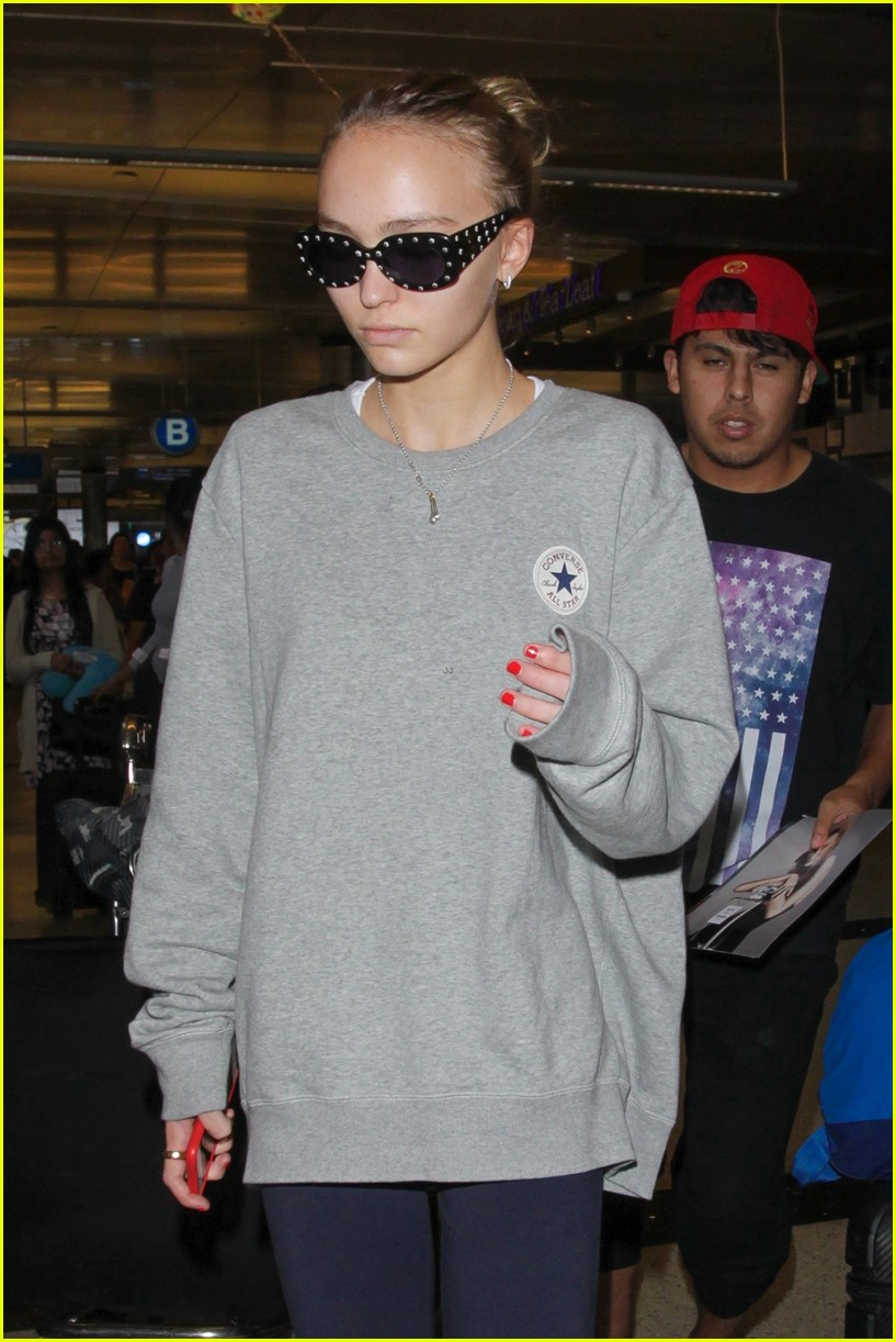 lily rose depp heads back to la after the dancer premiere 10