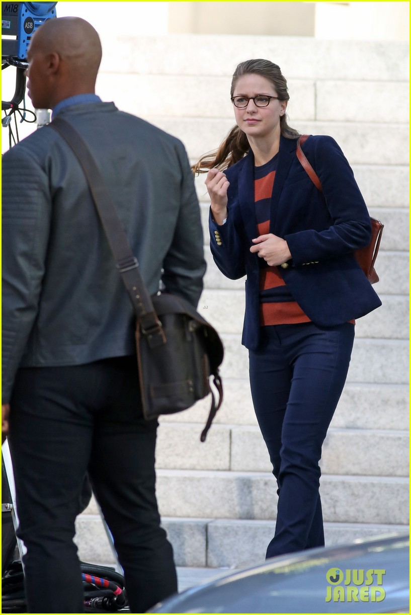 melissa benoist is all smiles while filming supergirl00404mytext