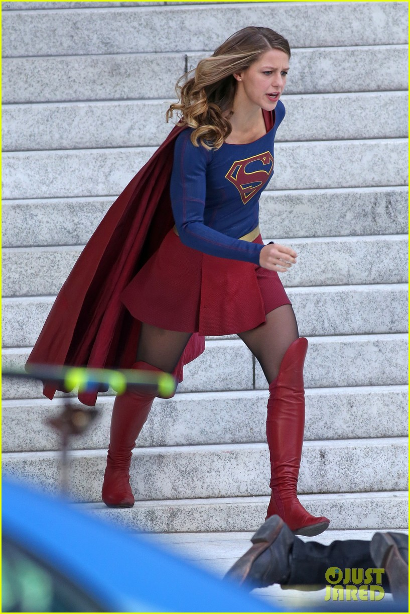 melissa benoist is all smiles while filming supergirl00511mytext