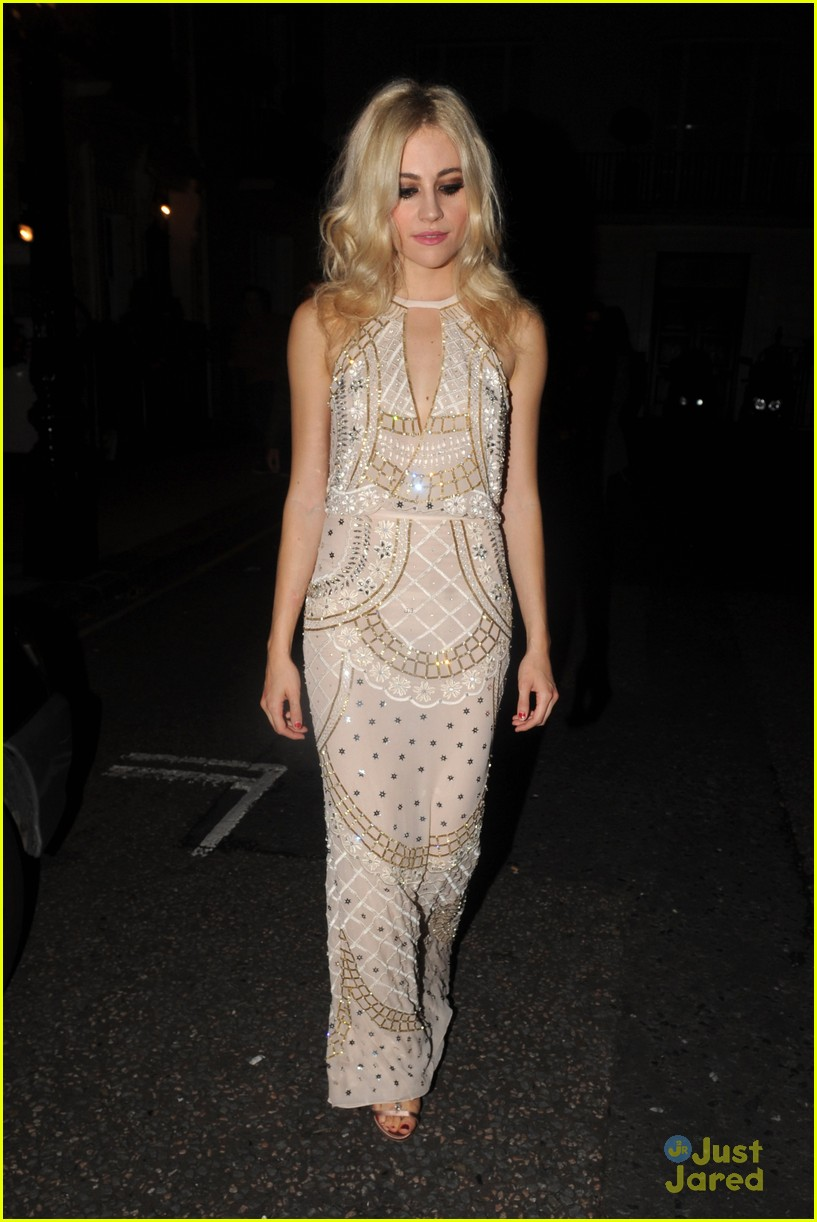 pixie lott oliver cheshire gq men year awards 12