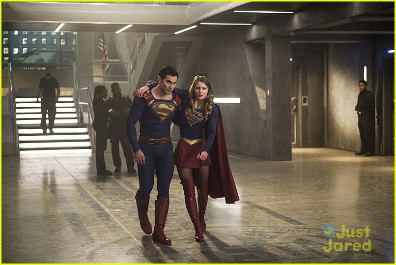 supergirl season 2 premiere photos superman 18