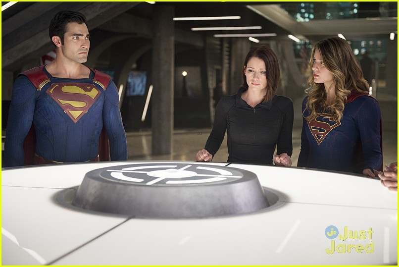 supergirl season 2 premiere photos superman 23