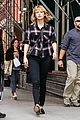taylor swift ready for fall heads out in nyc 05