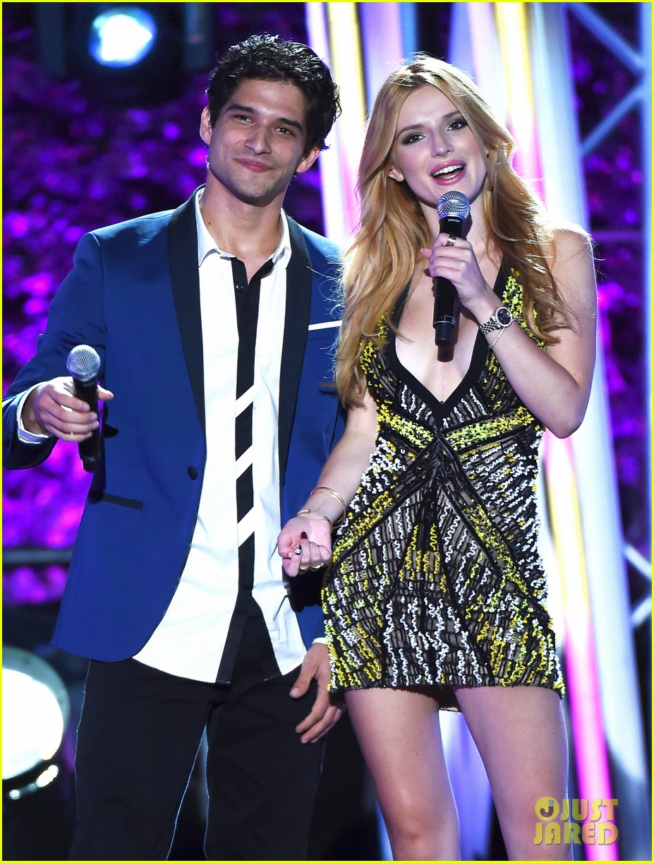 Tyler posey dating bella thorne