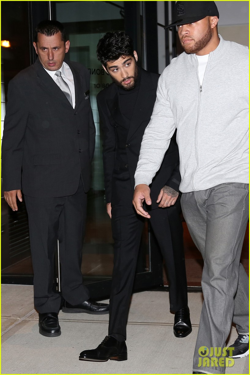 zayn hailee turn heads while arriving at tom ford showext25mytext