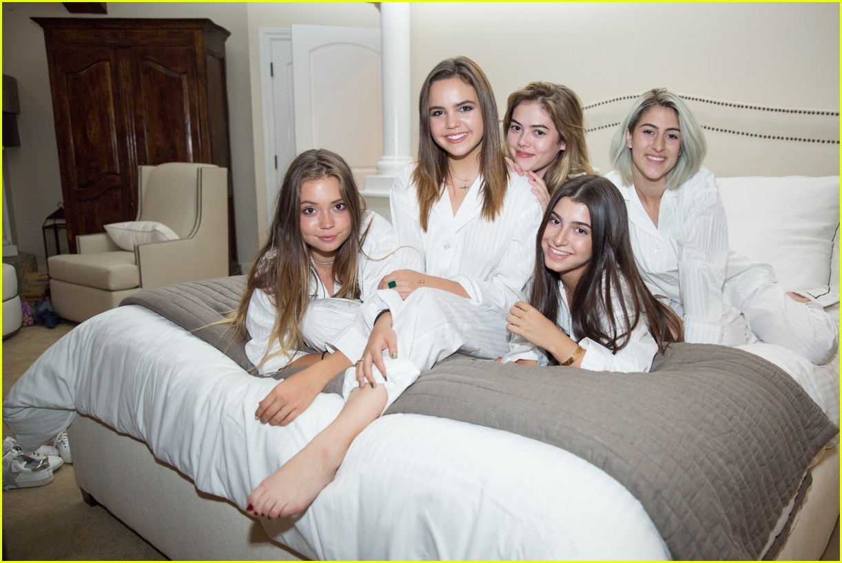 bailee madison 17th birthday pajama party 02