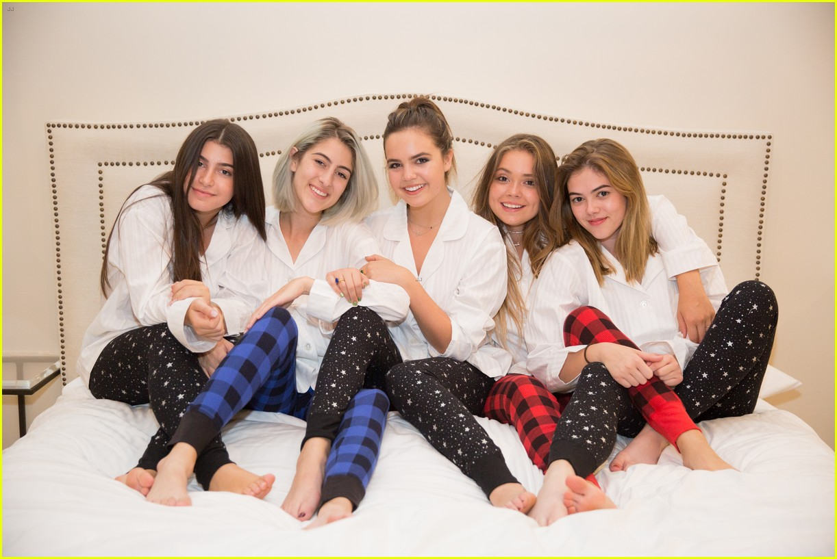 bailee madison 17th birthday pajama party 05