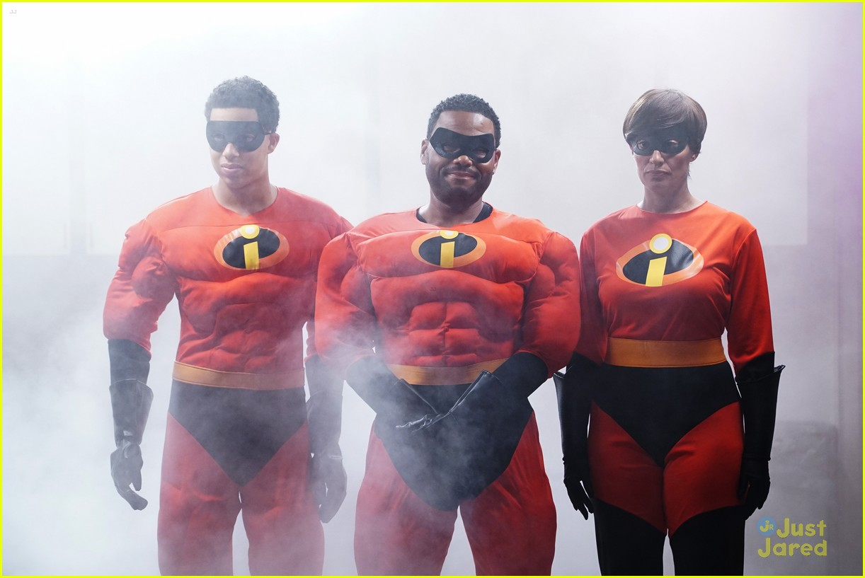blackish family dress as incredibles for halloween 20