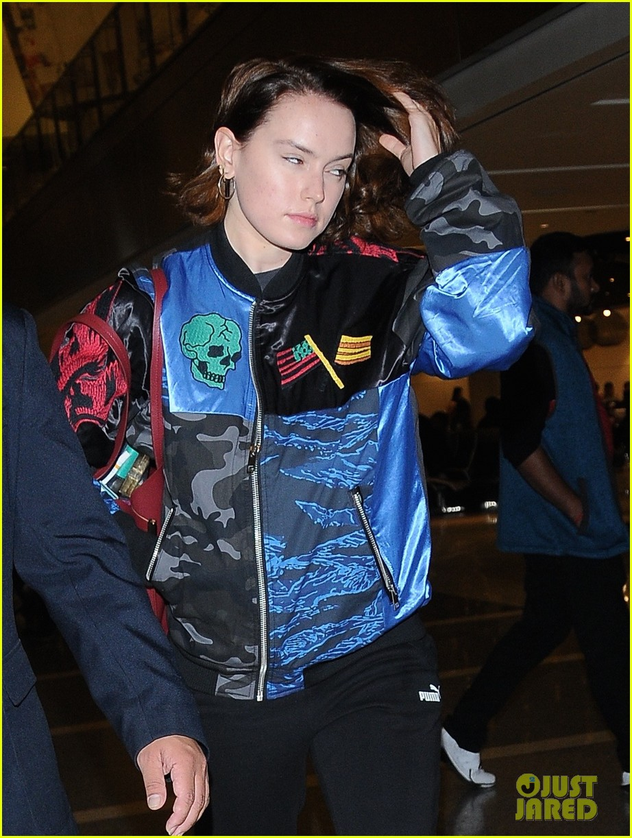daisy ridley jets out of los angeles 04