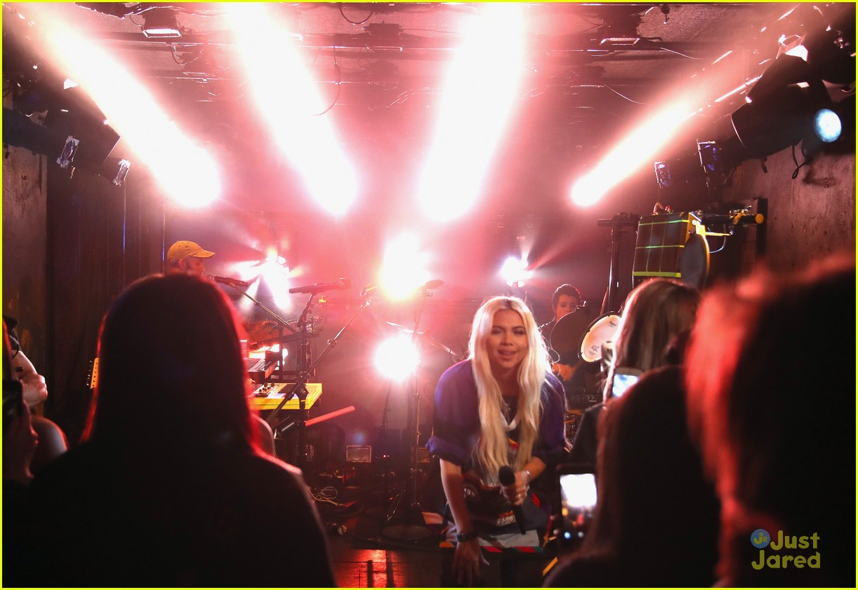hayley kiyoko wonderland videos fans 02