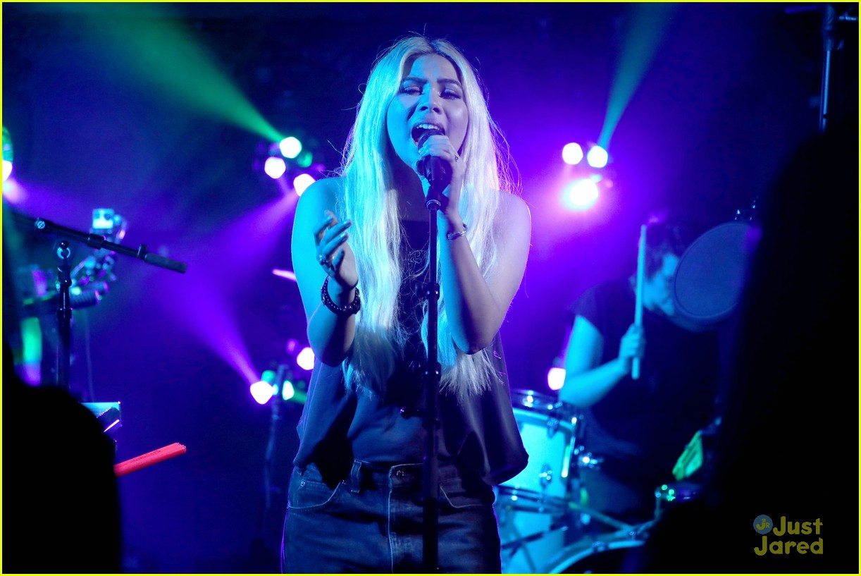 hayley kiyoko wonderland videos fans 04
