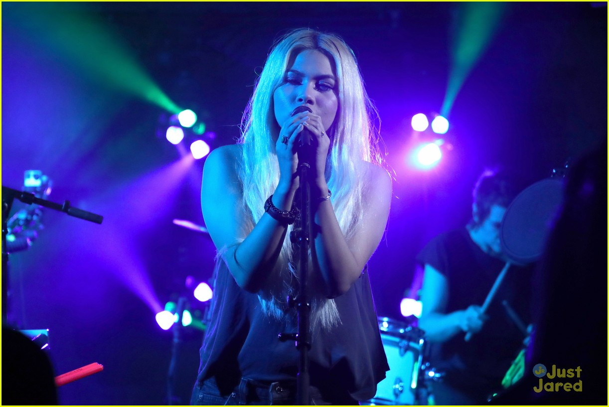 hayley kiyoko wonderland videos fans 10