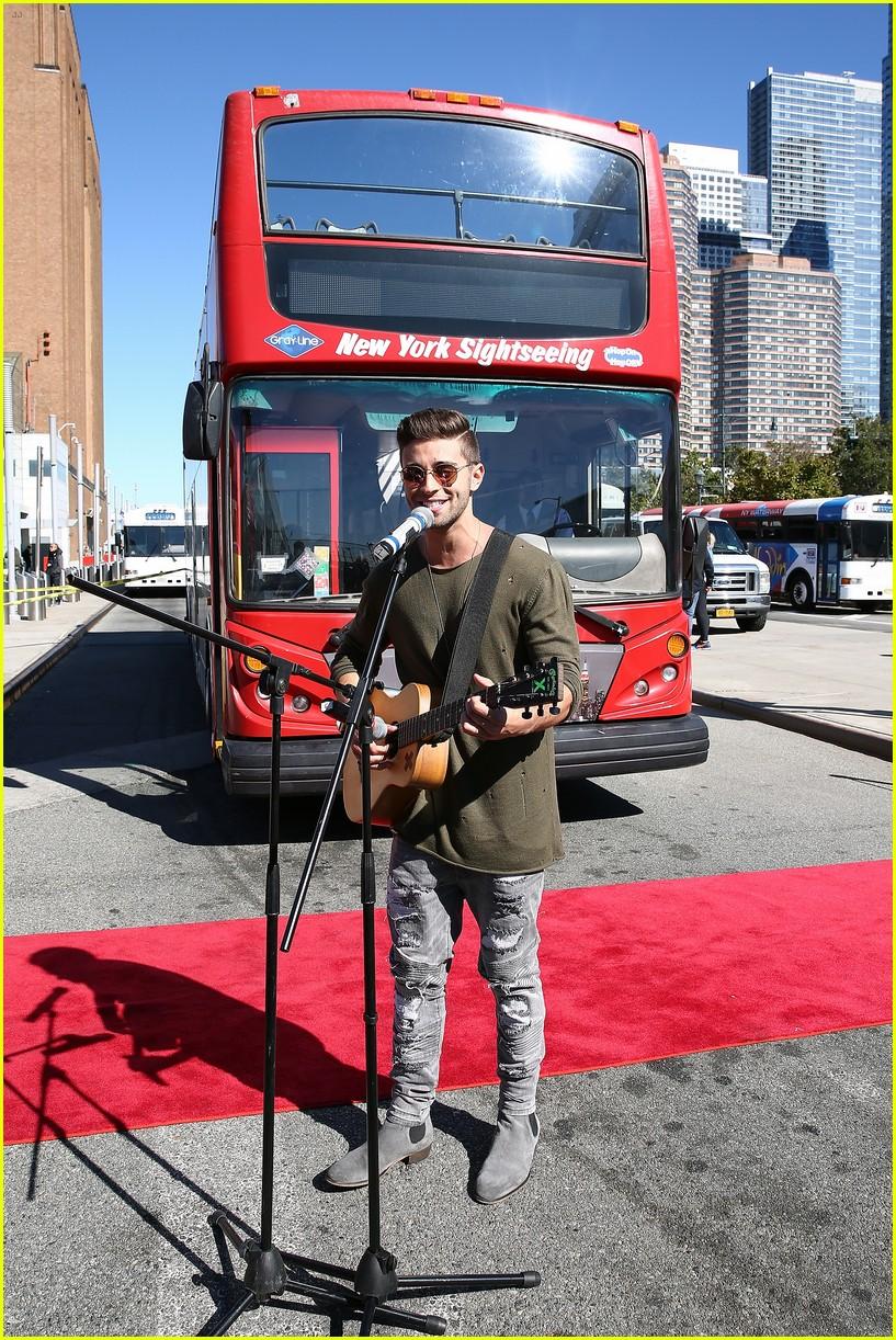 jake miller tour bus new york city 27