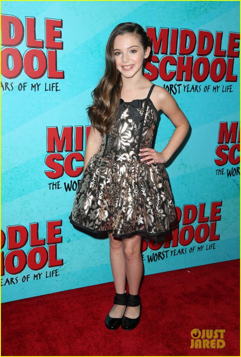 lauren graham middle school movie la mamarazzi premieres 40