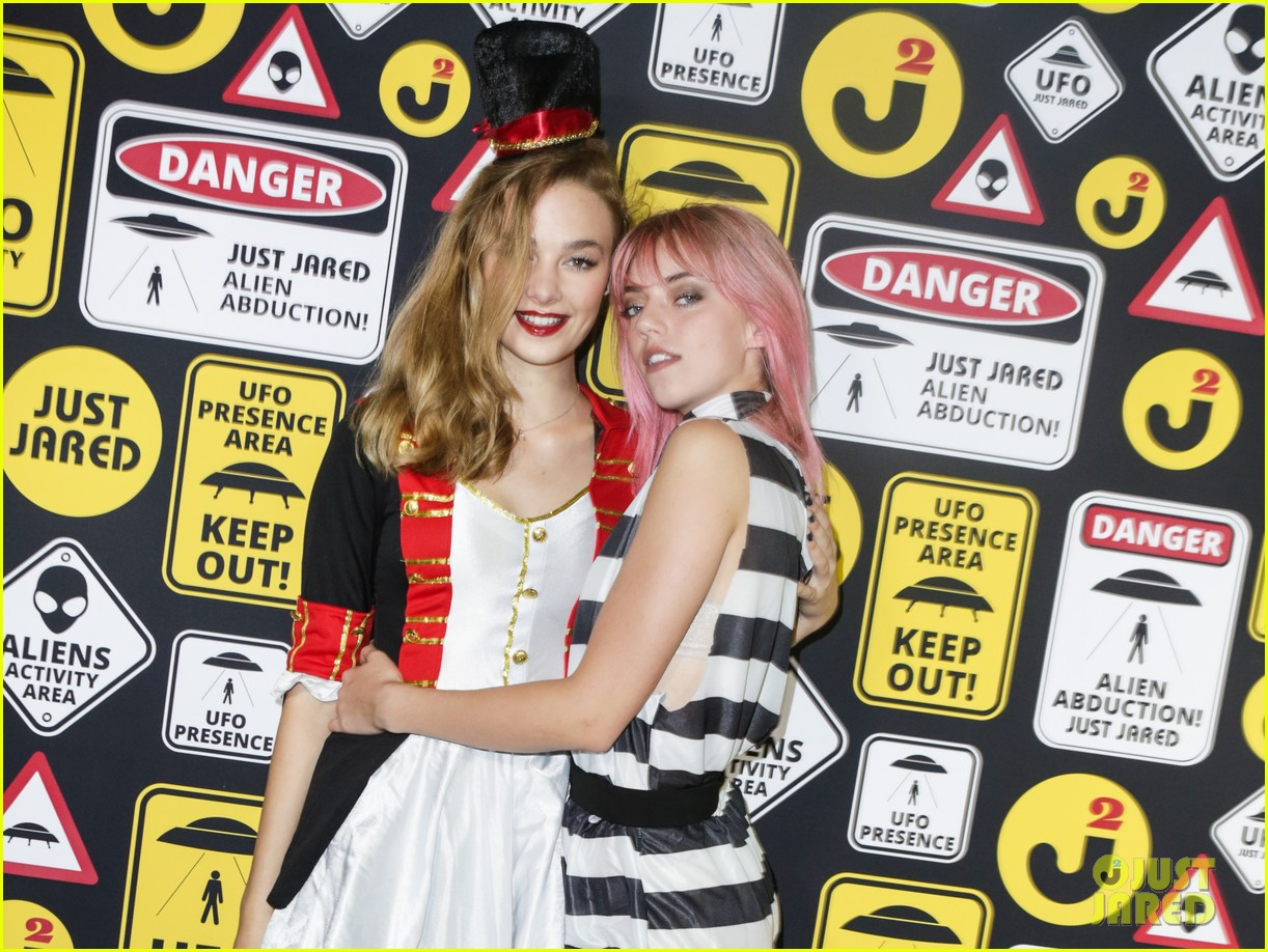 brandon lee pyper america smith just jared halloween party 04