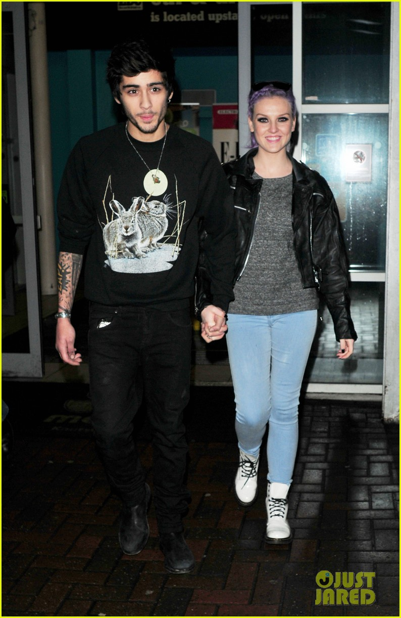perrie edwards homeless crying zayn malik 02