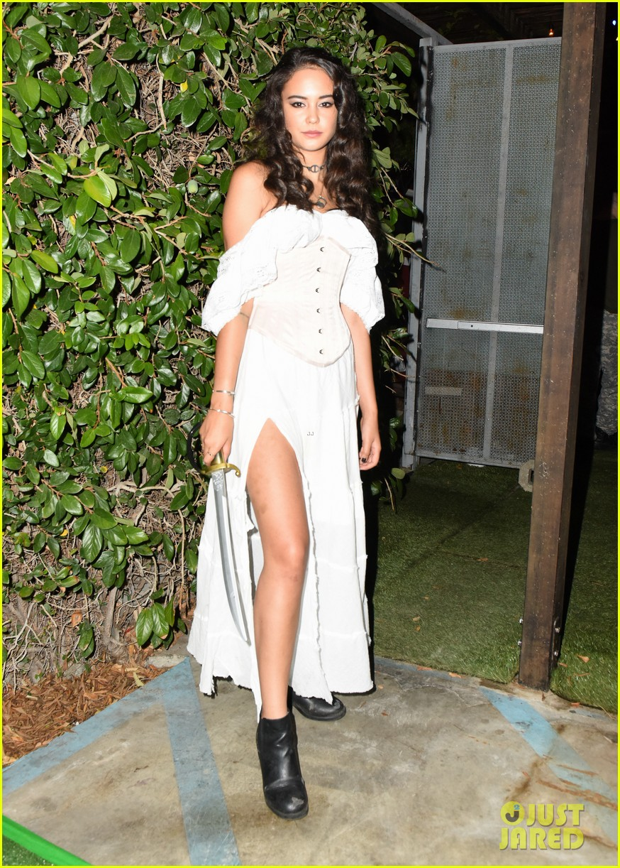 ross lynch courtney eaton couple up at just jared halloween party 13