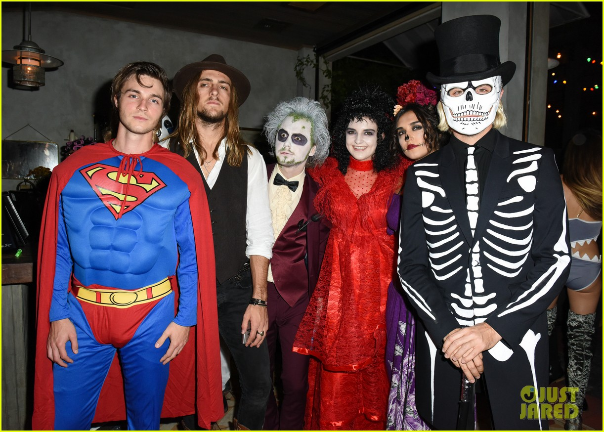 ross lynch courtney eaton couple up at just jared halloween party 16