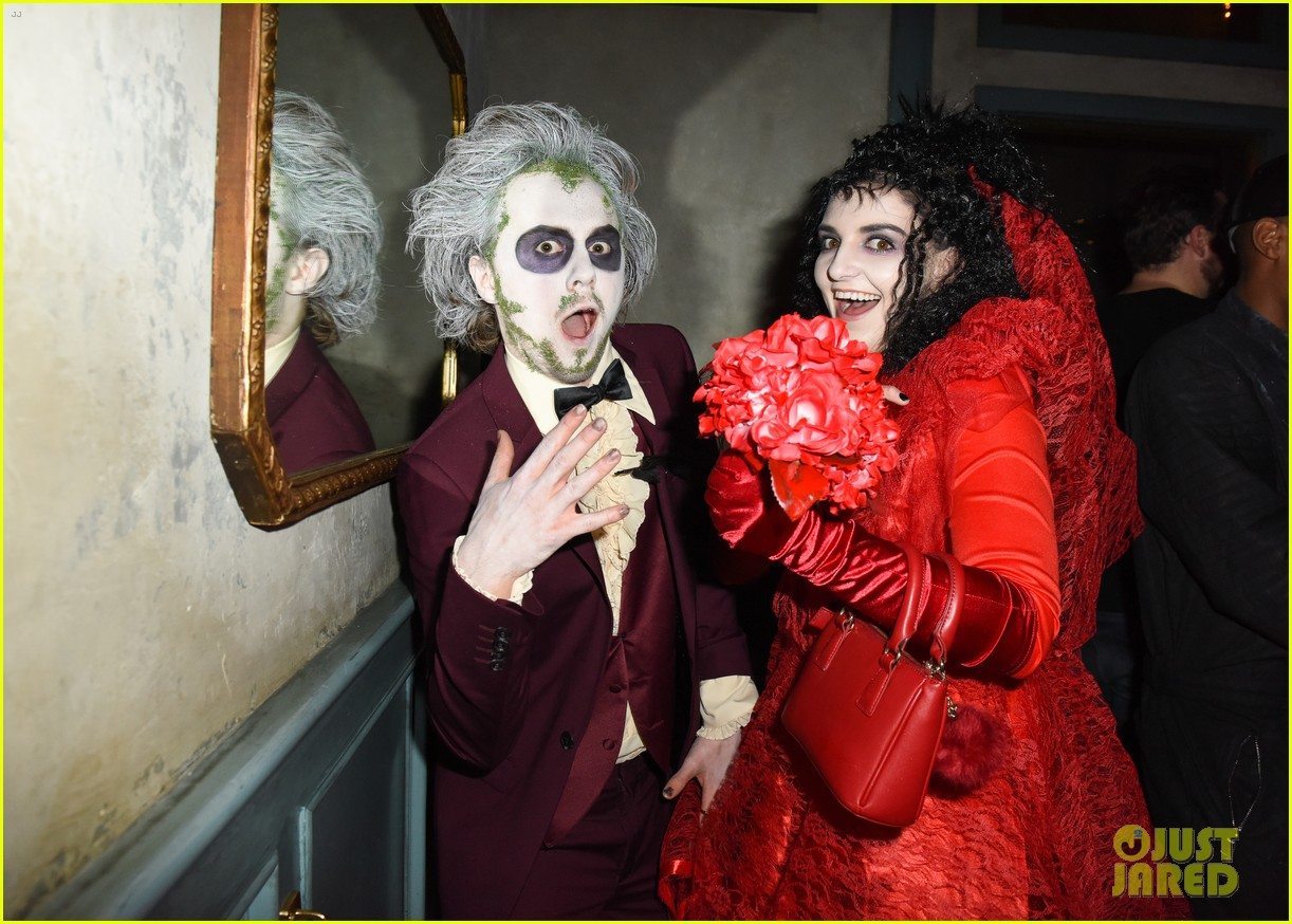 ross lynch courtney eaton couple up at just jared halloween party 19