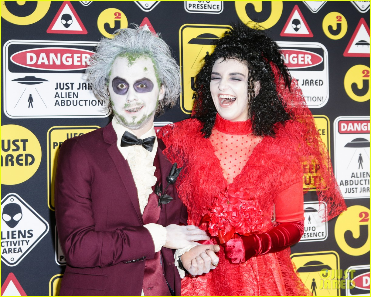 ross lynch courtney eaton couple up at just jared halloween party 26