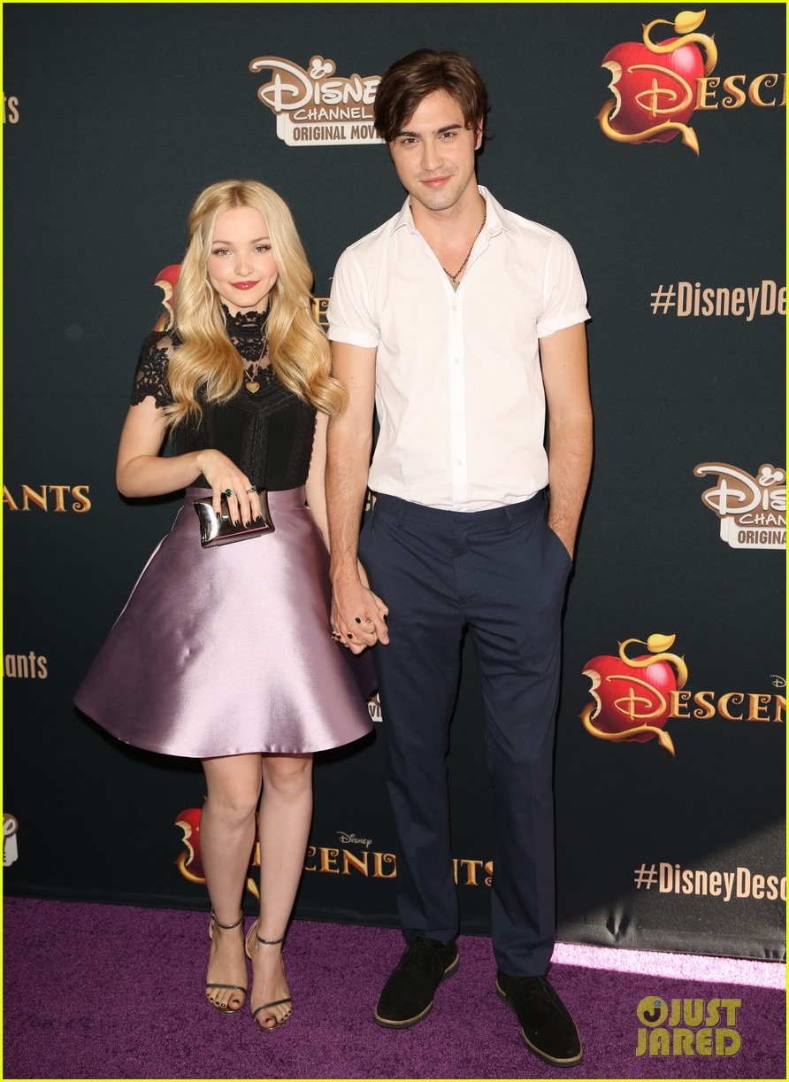 dove cameron ryan mccartan split confirmed 05