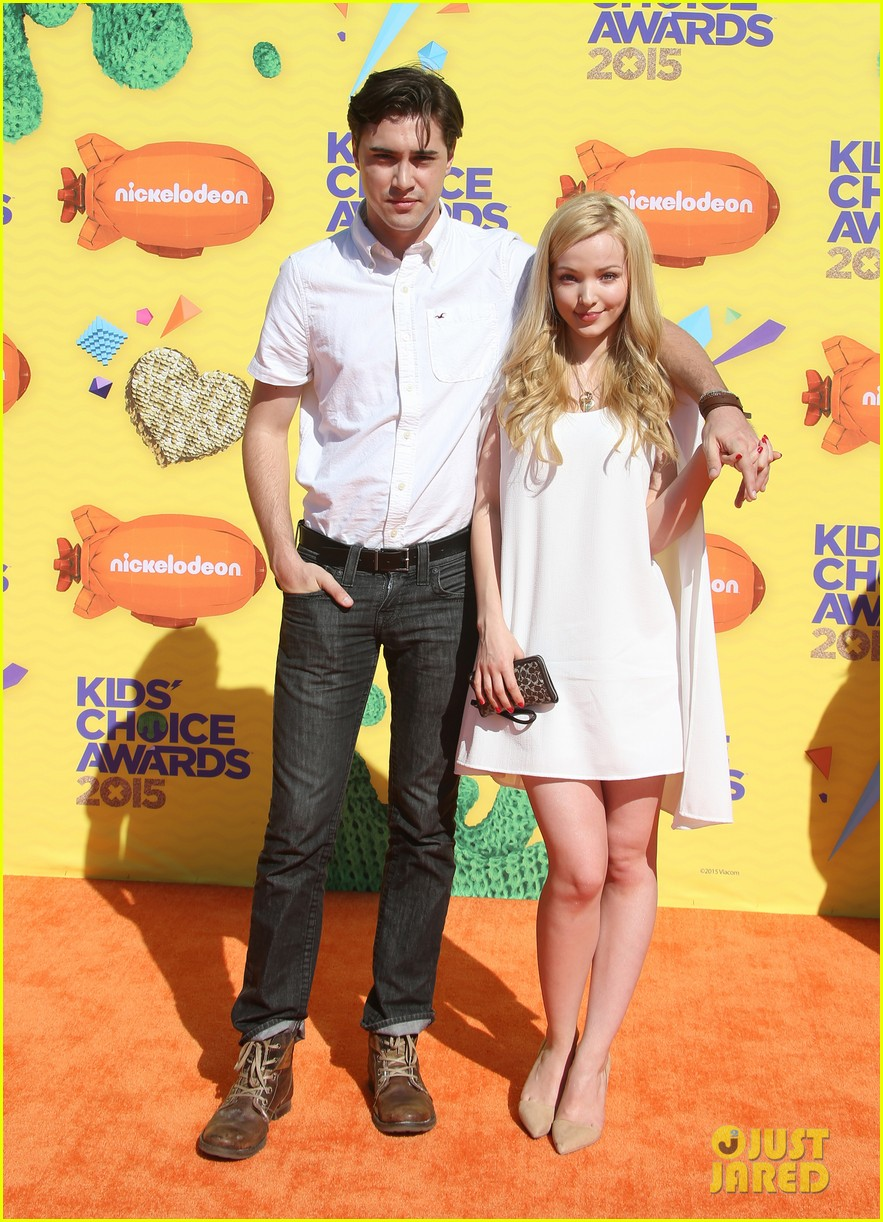 dove cameron ryan mccartan split confirmed 06