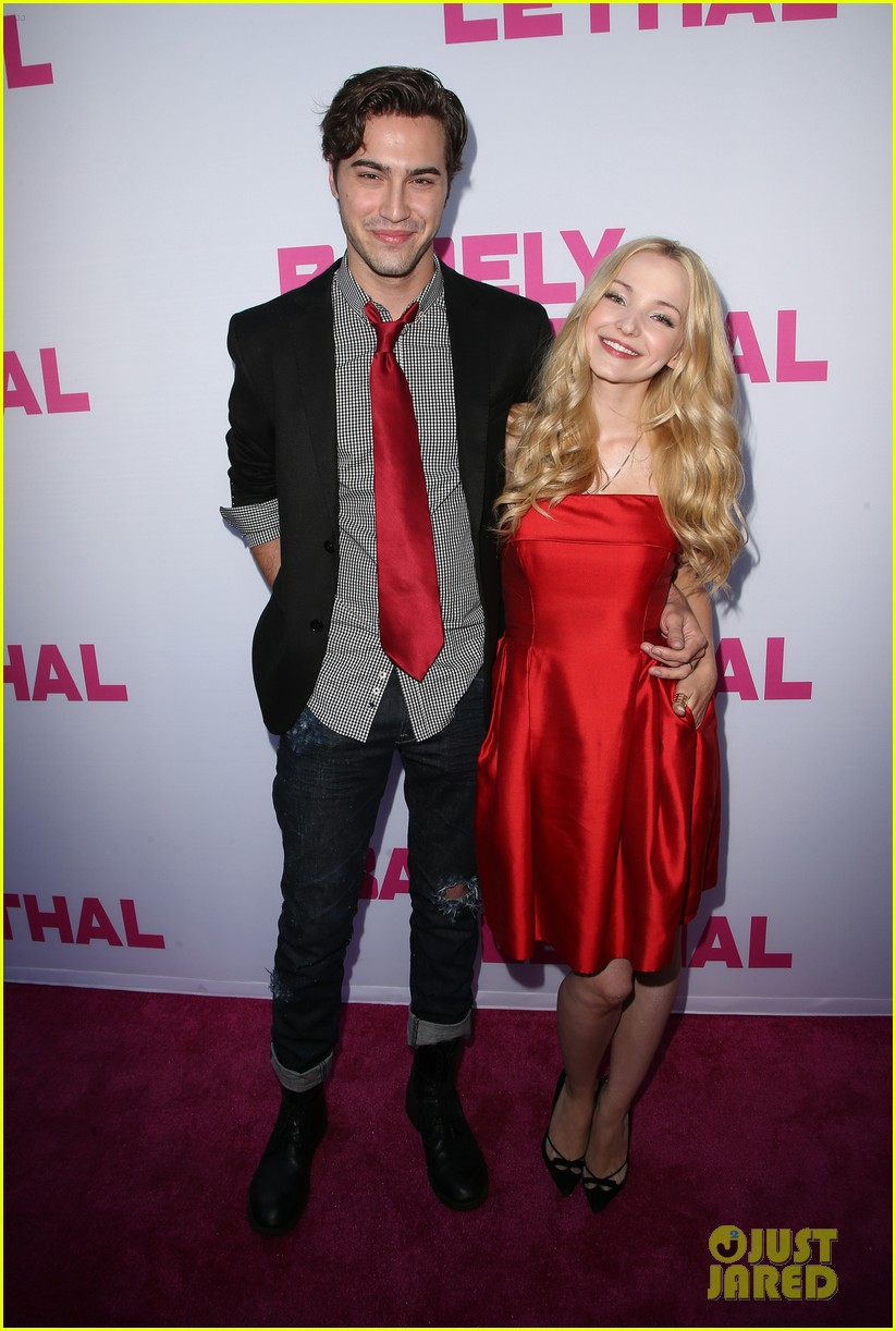 dove cameron ryan mccartan split confirmed 10