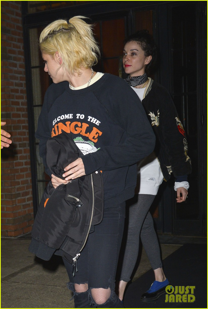 kristen stewart st vincent couple up night out stella maxwell 01