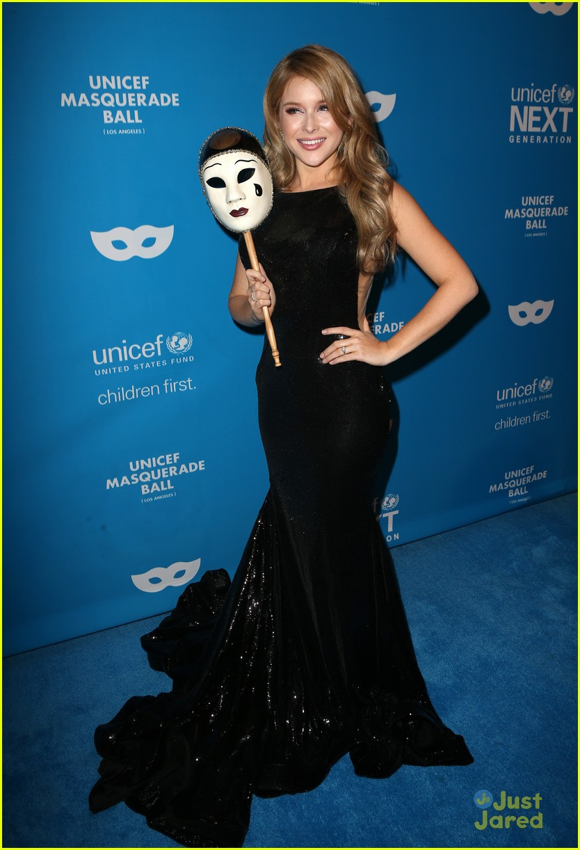 vanessa marano alexandra chando more unicef masquerade ball 16