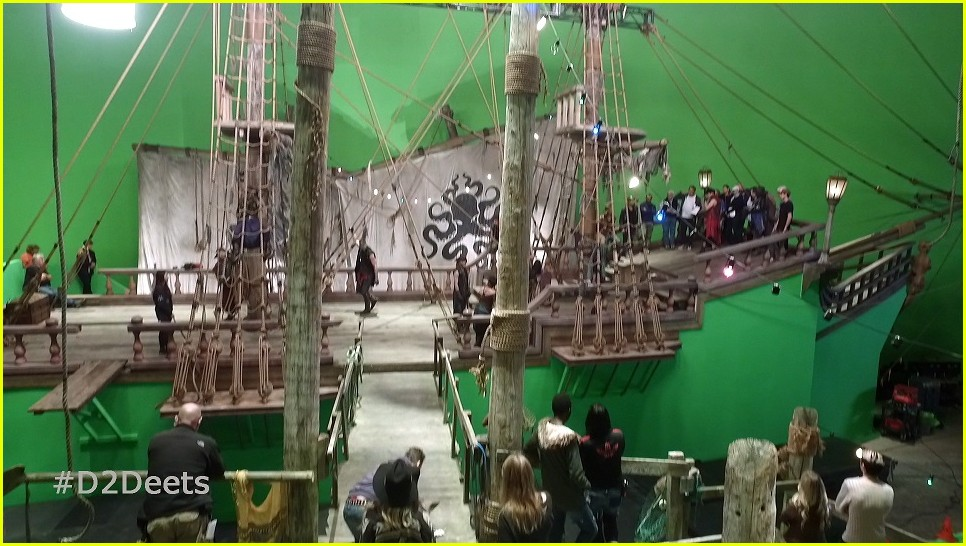 descendants 2 behind the scenes photos 01