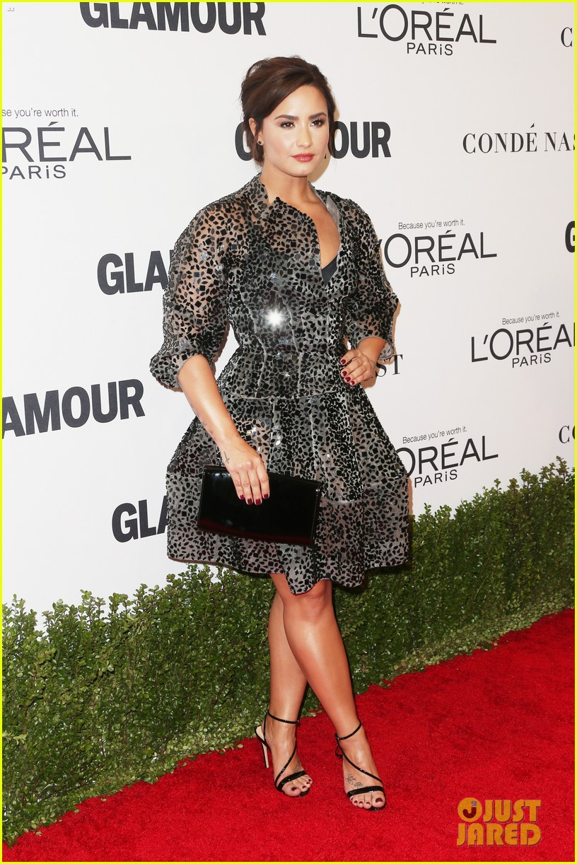 demi lovato and joe jonas celebrate girl power at glamour event 06