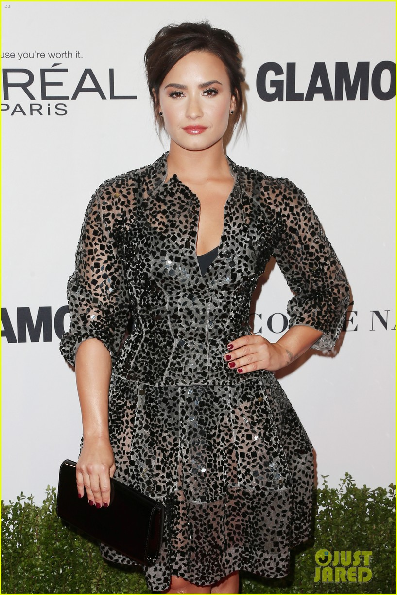 demi lovato and joe jonas celebrate girl power at glamour event 07