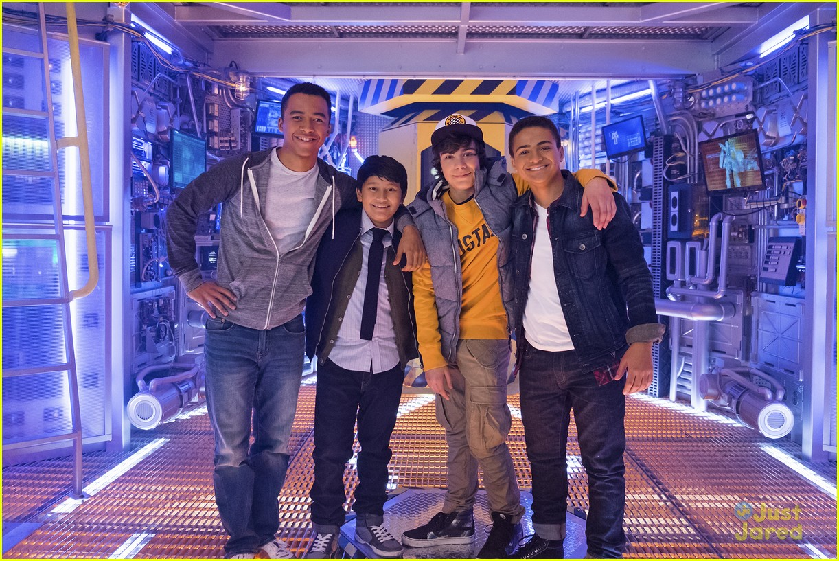 mech x4 premiere tonight stills 04