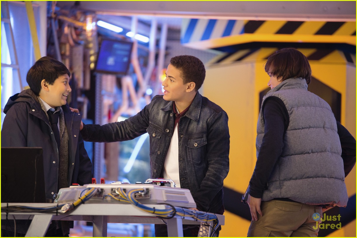 mech x4 premiere tonight stills 08