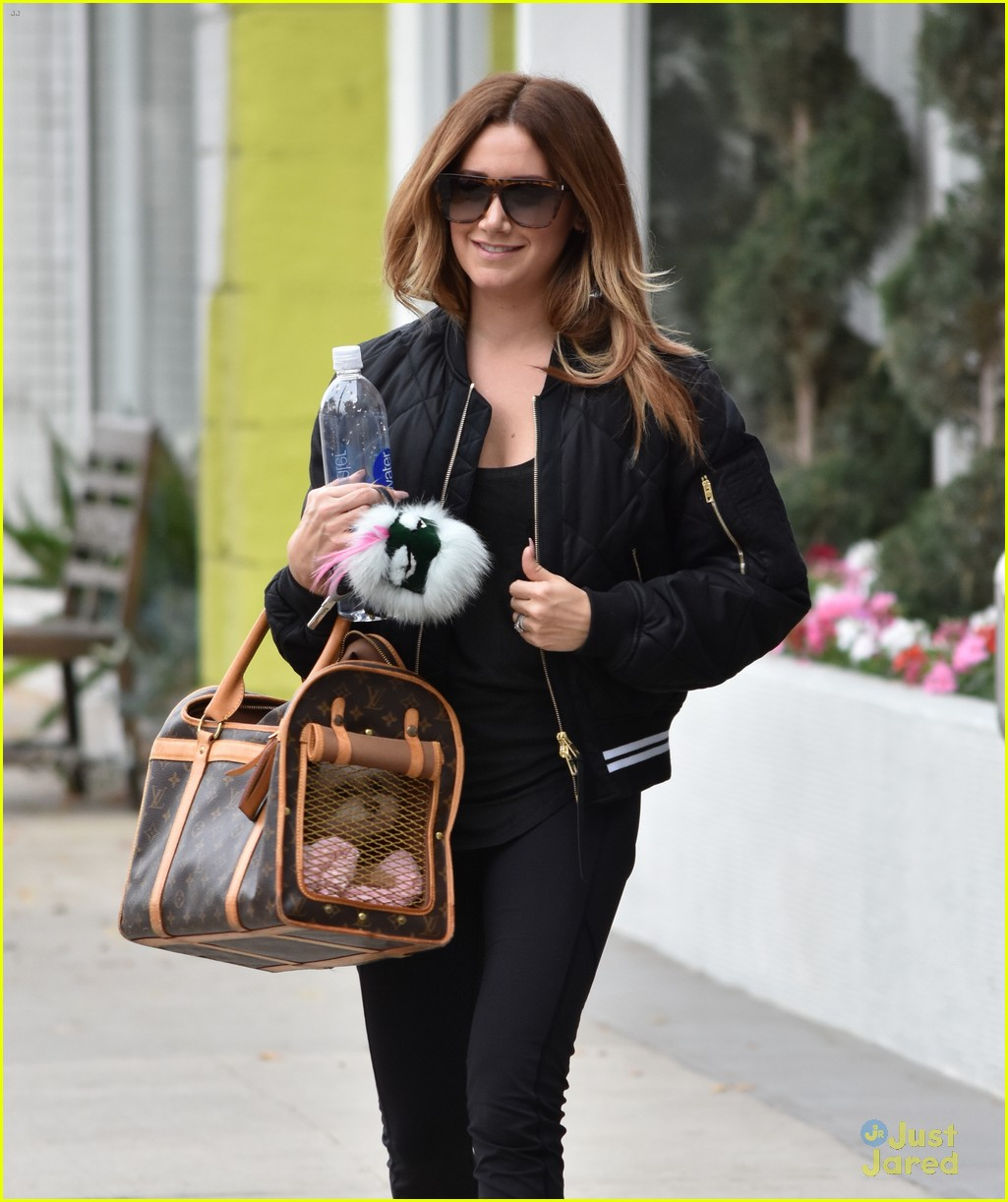 ashley tisdale wizarding world harry potter 10