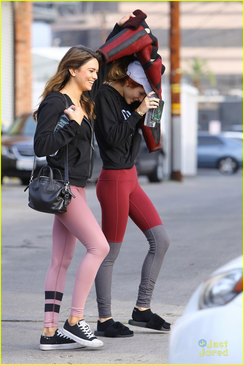picture The bella thorne crew doing pilates