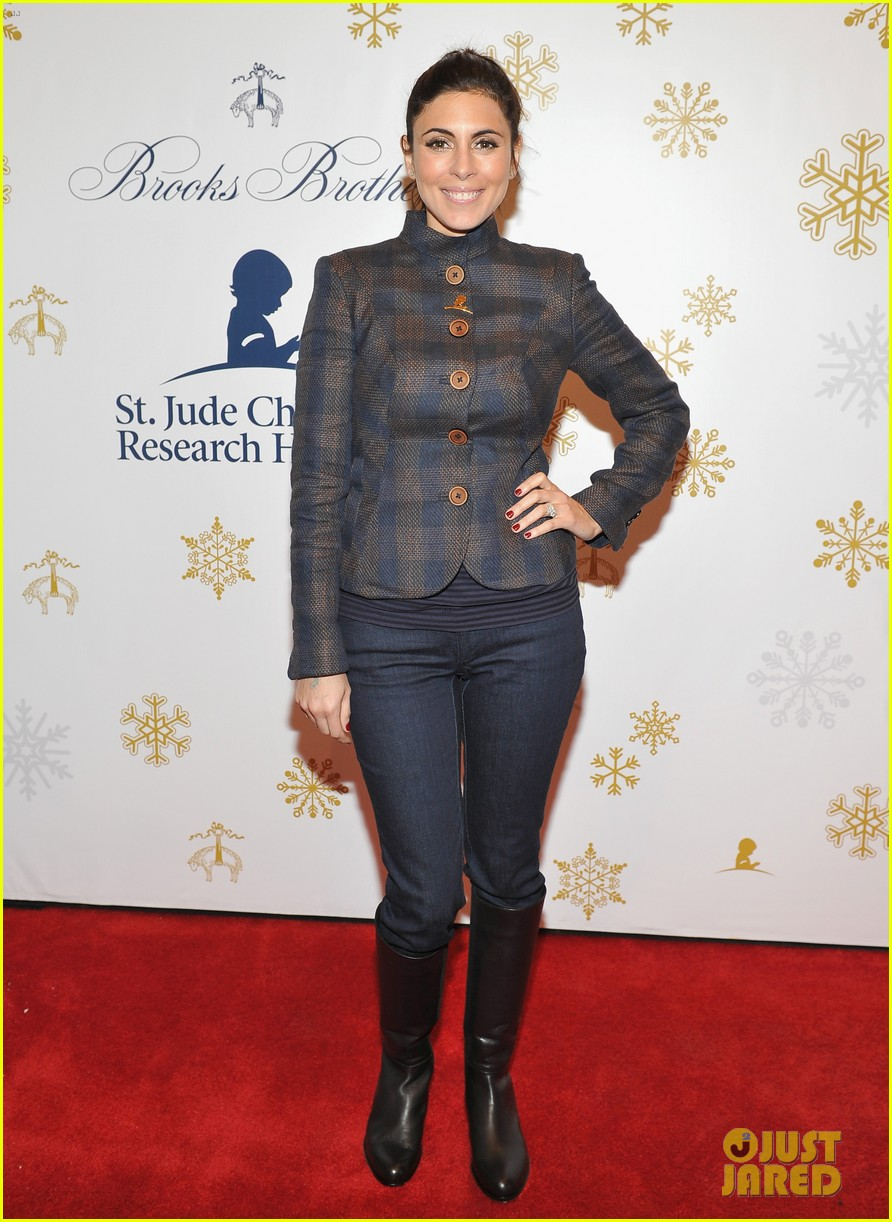 camilla belle jaime king buddy up at brooks brothers holiday event 34