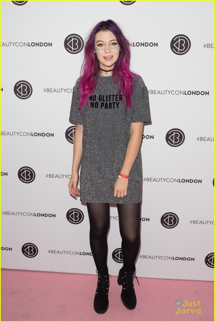bethany mota beautycon london camp signup 06