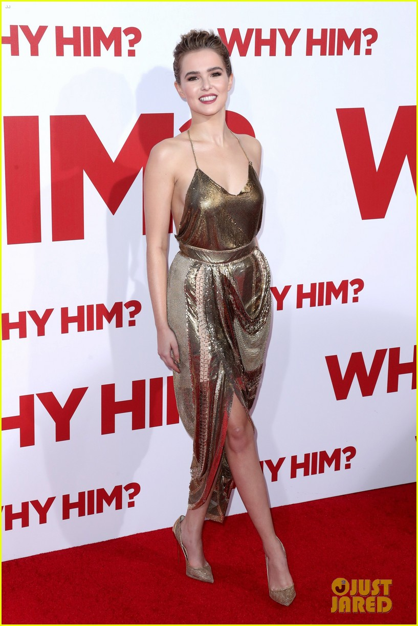 zoey deutch shines at why him premiere 01