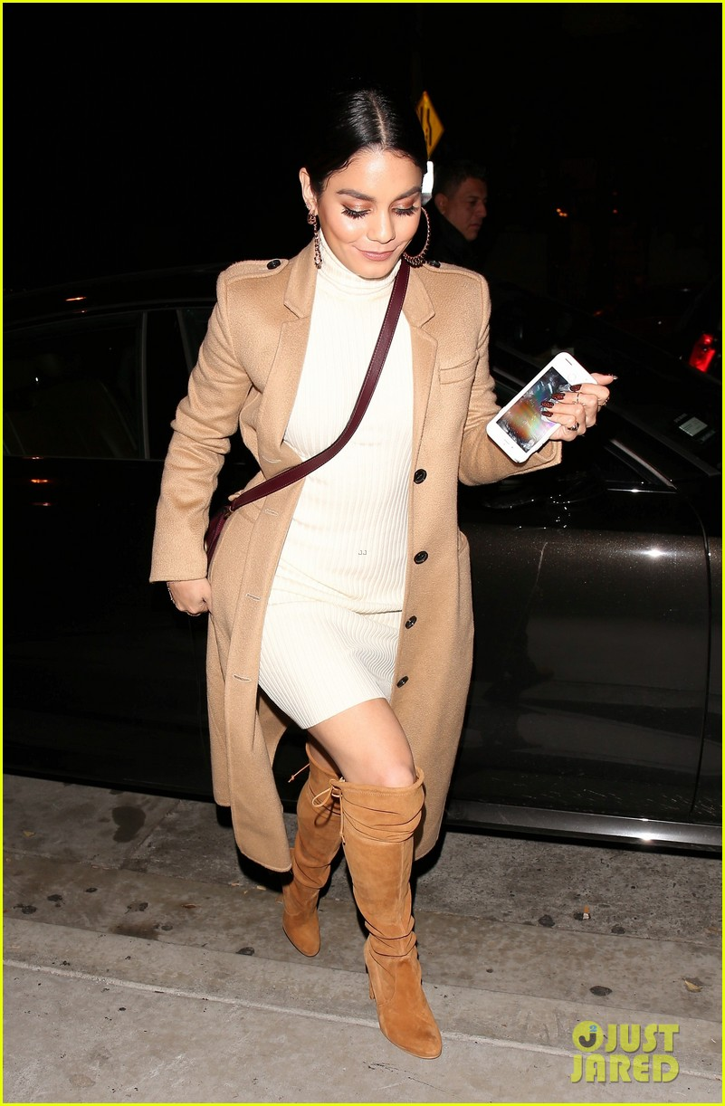 vanessa hudgens austin butler step out for date night 05