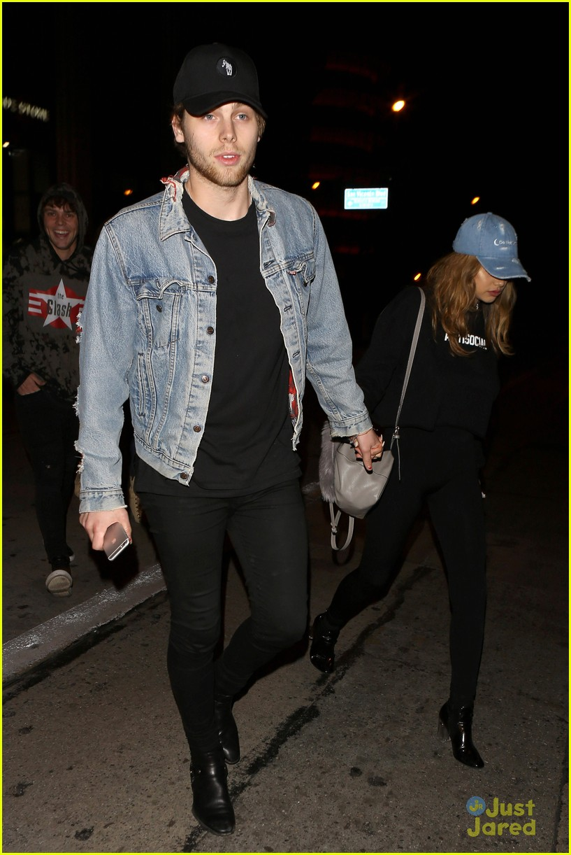 luke hemmings girlfriend arzaylea catch la date 01