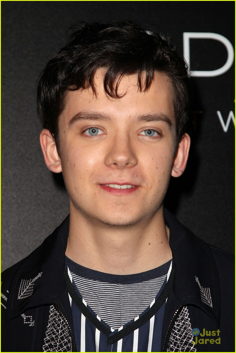 asa butterfield space between ankle weights nyc premiere 06