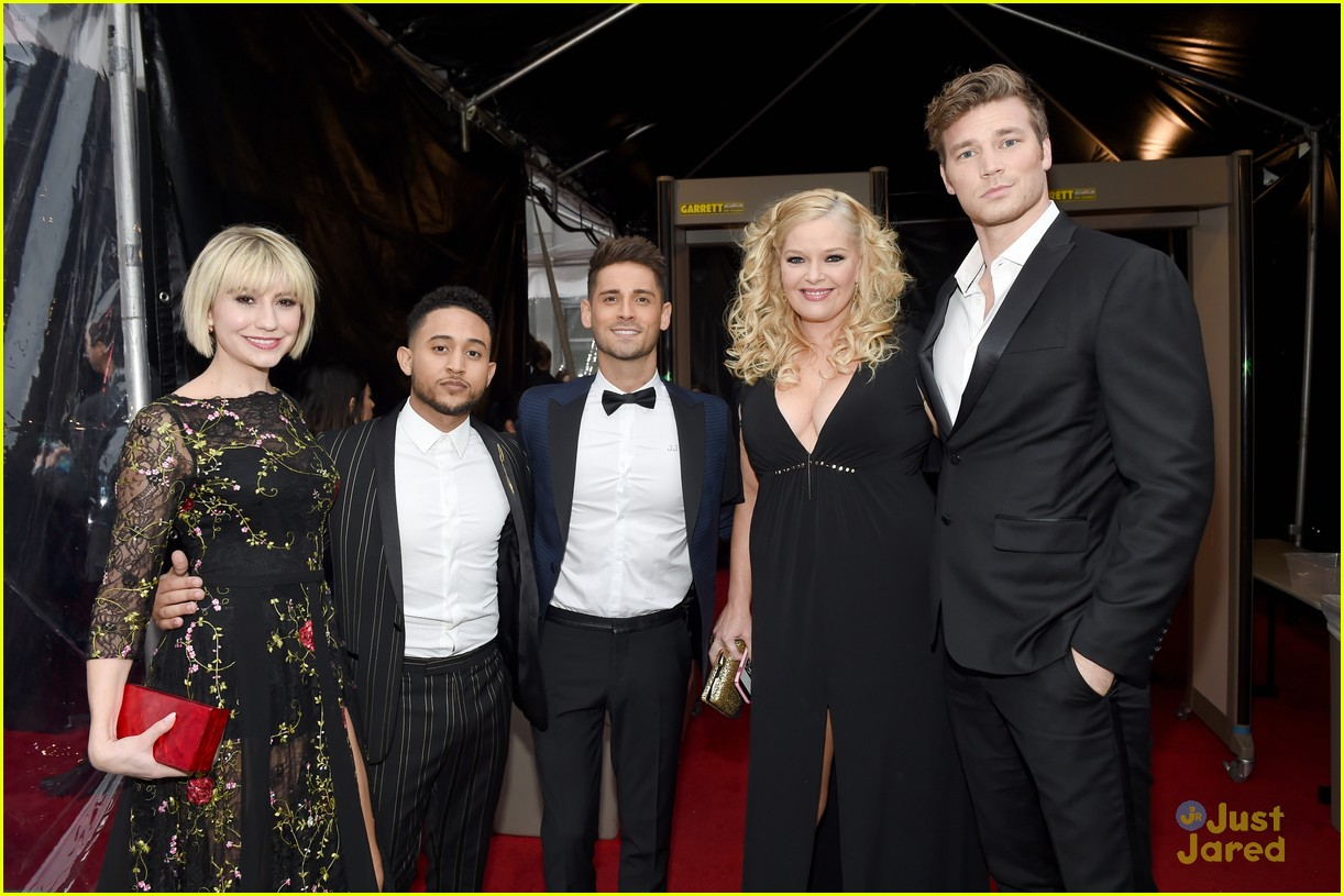 baby daddy cast wins peoples choice awards 03