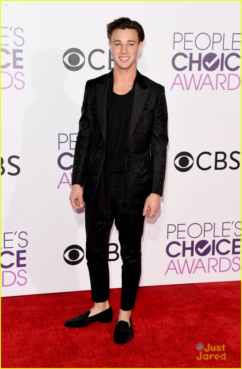 cameron dallas 2017 pcas 03