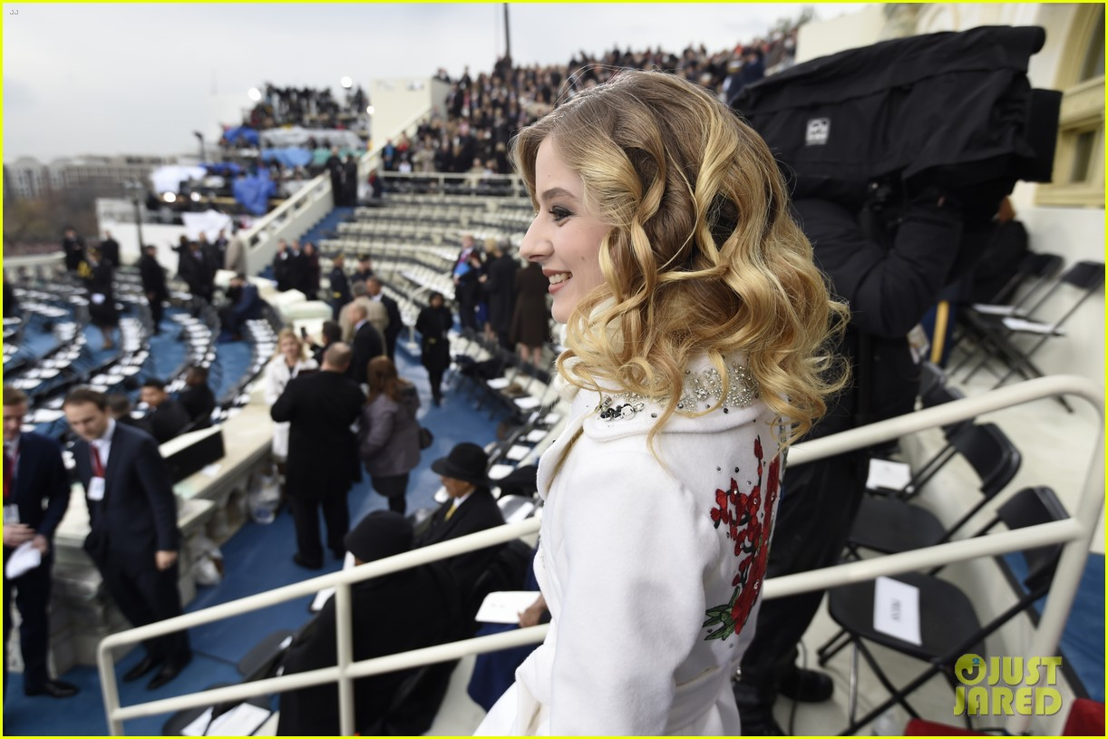 jackie evancho performs national anthem inauguration 01